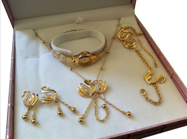 Buy All in one Designer 18k Gold plated jewelry full t set