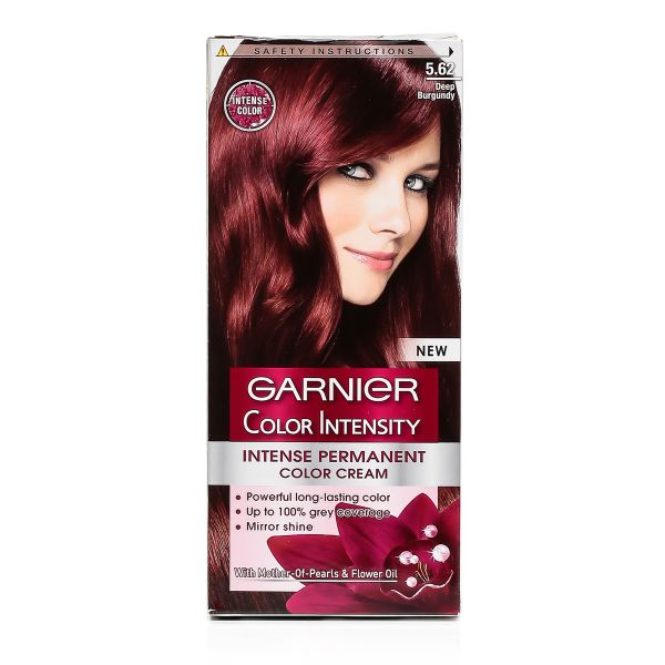 Garnier Olia Hair Color is an ammonia free hair color that uses an exclusive 60% oil blend with natural flower oils to achieve brilliant, radiant color results. The unique non-drip velvet cream formula propels colorants into the hair--without ammonia--with a pleasant sensorial fragrance.
