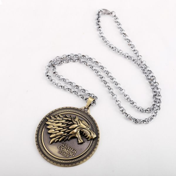 Badge Wolf Of The Stark Pendants Necklaces For Men Game Thrones Sweater Chain Fashion Jewelry