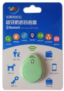 Smart iTag Bluetooth anti-lost smart tracker finder itag Green Colour