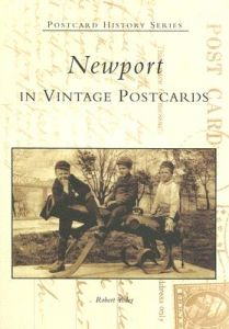 Newport in Vintage Postcards by Robert Yoder - Paperback