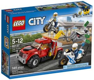 Lego City Police Tow Truck Trouble Building Toy 60137