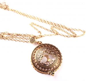 Vintage Gold Tree of Life Locket Magnifying Glass Pendant Necklace