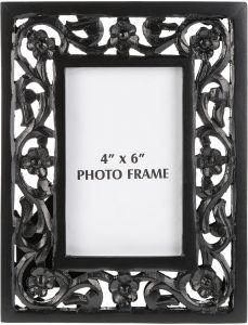 7d7ccd877263 Wooden Carved Photo Frame - 25.5 x 20 x 2.3 cm