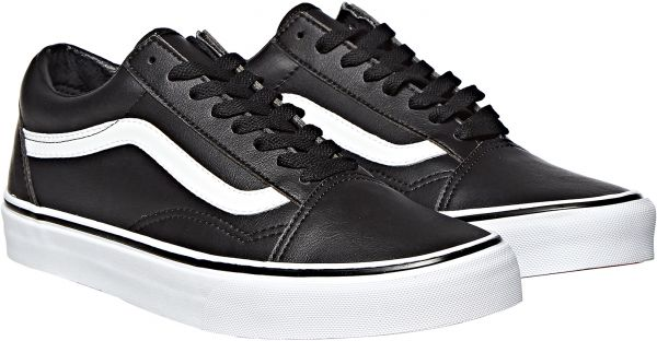 3e58f4aee52 Vans UA Old Skool Shoe for Men - Black