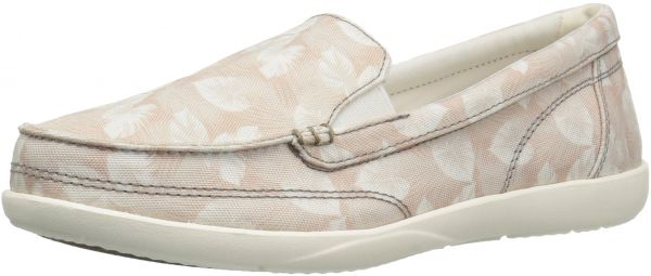 67deff4b4d8 Crocs Women s Walu Ii Canvas Graphic W Boat Shoe