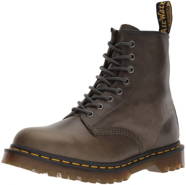 bb872ae6253e Dr. Martens Men s 1460 Orleans Leather Fashion Boot