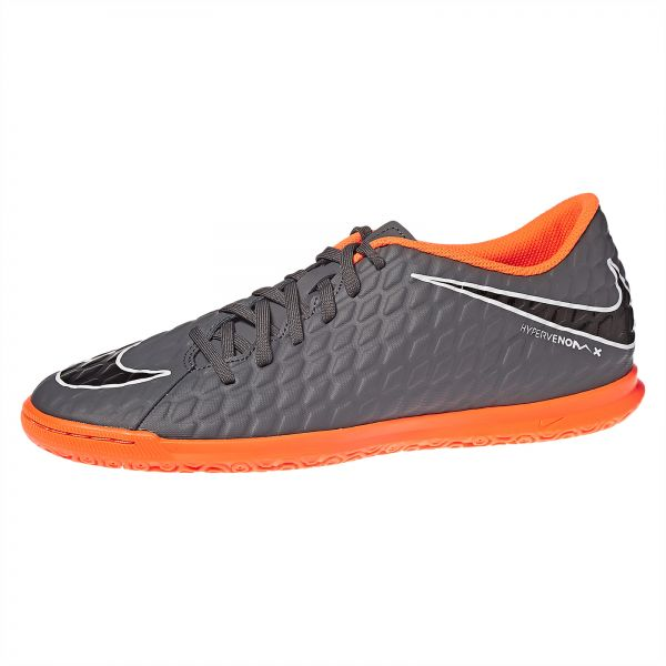 Nike Phantomx 3 Club IC Soccer Shoe For Men