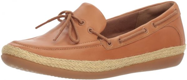 CLARKS Women's Danelly Bodie Boat Shoe, Light Tan Leather, 9 Wide US