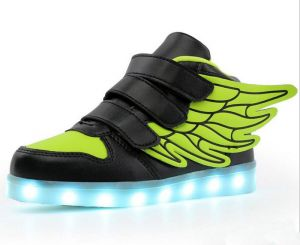Color change fashion LED light shoes for fun party shoes rechargable LED Sneakers USB Charging shoes with wings black and green color