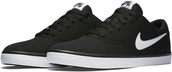 Nike Action Sports Low Top for Men
