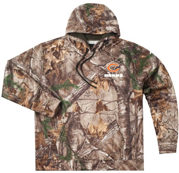 Dunbrooke Apparel NFL Chicago Bears Adult Champion Realtree Xtra Polyester  Tech Fleece Pullover df638f671