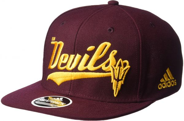 b45ac166bd5a8 adidas NCAA Central Michigan Chippewas Men s Tail Sweep Logo Structured  Adjustable Hat