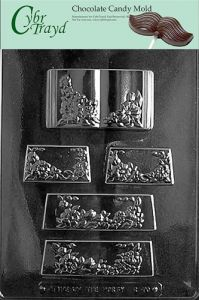 Cybrtrayd MdK25R-C170 Pour Box for Wreath Christmas Chocolate Mold with Packaging Kit Large