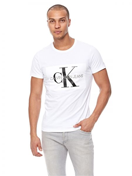 9fcc2a82e1c8 Calvin Klein Jeans T-Shirt for Men - White | KSA | Souq