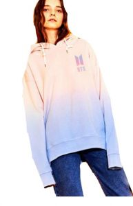 59409dc41 BTS bulletproof youth group,FACE YOURSELF album with the same style of  women's clothing hooded gradient bodywear thin BTS Love Yourself Cropped  Hoodie Kpop ...