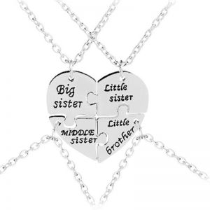 4Pcs Set Big Middle Little Sister Brother Pendant Necklaces 4 Heart Broken Cubs Baby One Necklace Fashion Jewelry