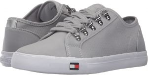 a3810131e512c Tommy Hilfiger Women s Great Luxe Lifestyle Sneakers