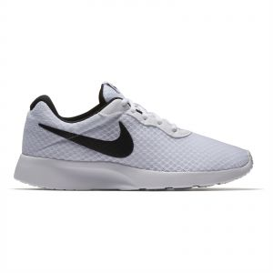 buy popular 4ad4e 9056b Nike Tanjun Running Shoes for Women - WhiteBlack