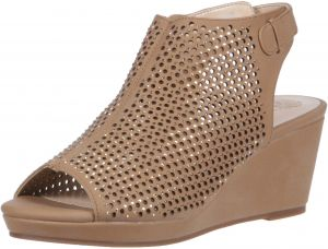 ee6dcaa7d12 Vince Camuto Girls  Oriana Wedge Sandal