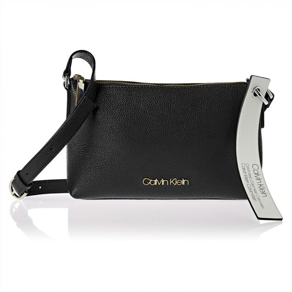 c4d1ae853fb3 Calvin Klein Handbags  Buy Calvin Klein Handbags Online at Best ...