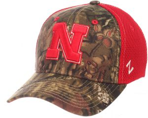 69df42f4 Zephyr NCAA Nebraska Cornhuskers Men's Terrain Cap, Medium/Large, Mossy Oak  Camo
