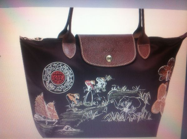 cb6fda3c21ce Longchamp Le Pliage Limited edition Autour de Ha Long Choco Brown ...