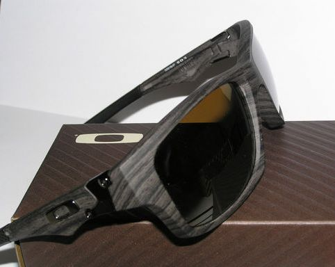 500e1e53aa4 Oakley Men Sunglasses Woodgrain OO9135-07