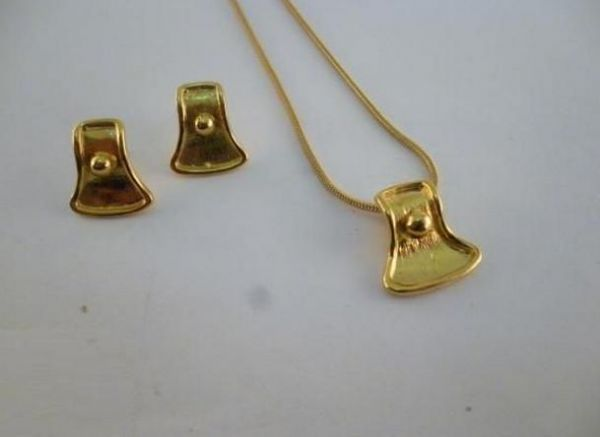 Buy Earrings & Necklace Jewelery Set for Women 22 Karat Gold
